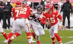 Dec 27, 2020; Kansas City, MO, USA; Kansas City Chiefs quarterback Patrick Mahomes (15) runs the ball against the Atlanta Falcons in the second half at Arrowhead Stadium. Mandatory Credit: Denny Medley-USA TODAY Sports